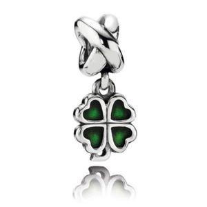 NEW!! Pandora: four leaf dangle charm/chain